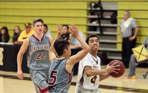 WEEKLY GALLERY: Preseason boys basketball game brings the hype