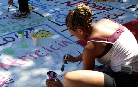 WEEKLY GALLERY: Seniors leave their mark on the quad
