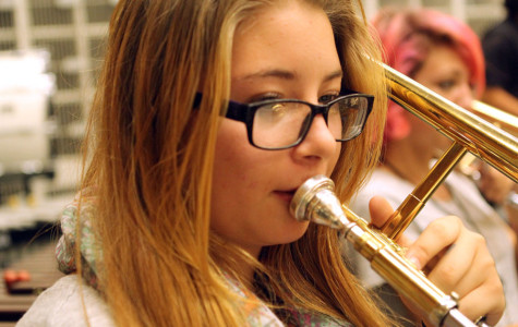 WEEKLY GALLERY: Advanced band sight reads Mozart