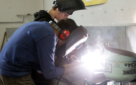 WEEKLY GALLERY: Students work in autoshop