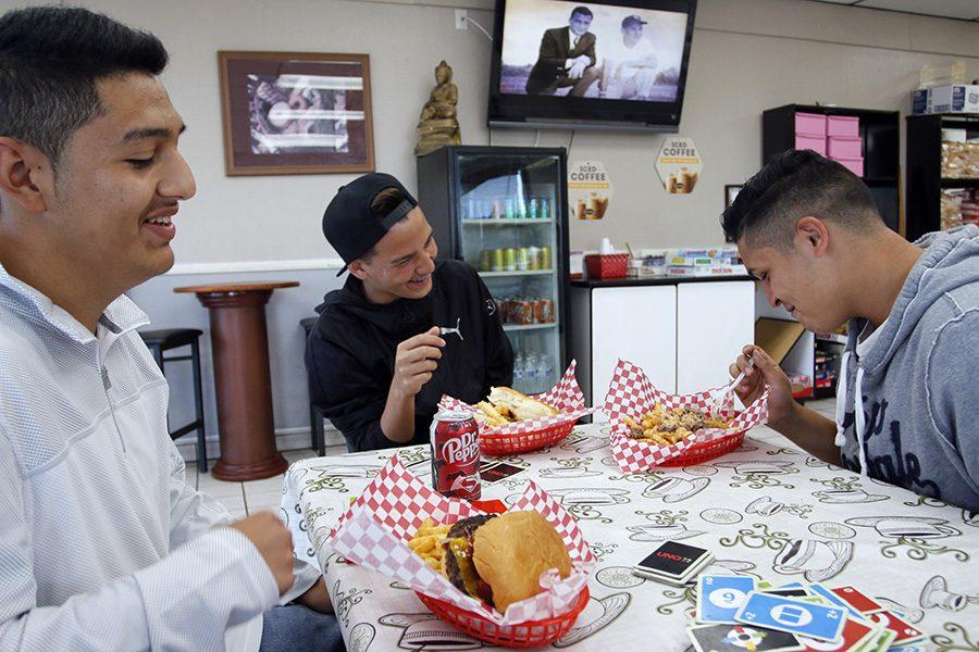 Freshman Nicholas Rosete and sophomores David Zermeno and Ricardo Cazarez joke around, enjoy their burgers, fries, and shakes after playing a round of UNO. Located at 3221 W Hammer Lane, Midnight at Burnies is open from Thursday to Sunday, opening at 7p.m. and closing at 1 a.m. on Thursday and Sunday and at 3 a.m. on Friday and Saturday.