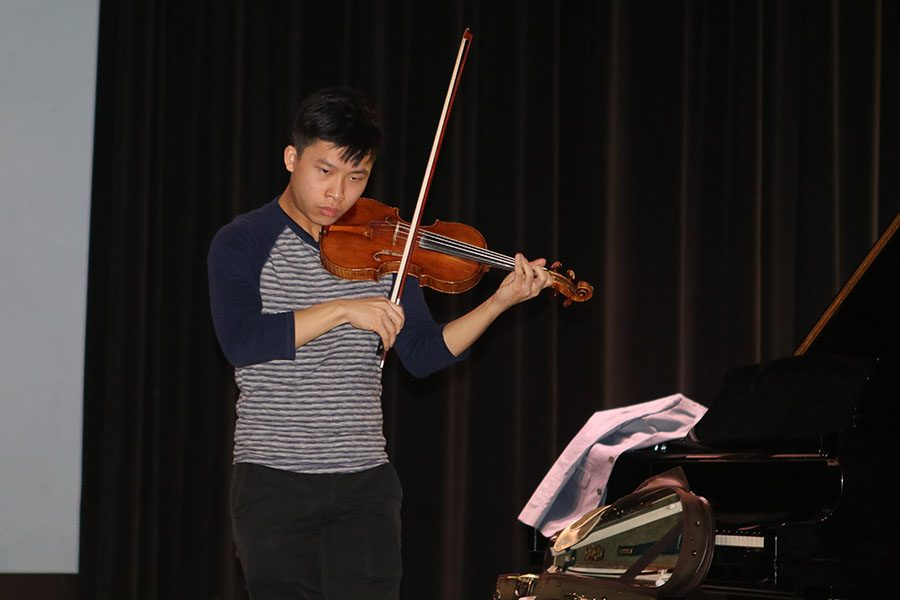 Kerson+Leong%2C+a+professional+violinist%2C+performs+at+the+theater+for+performing+arts+students.+He+has+traveled+to+Europe+playing+his+violin.+%22I+have+played+at+the+Louvre+in+Paris%2C%22+Leong+said.+