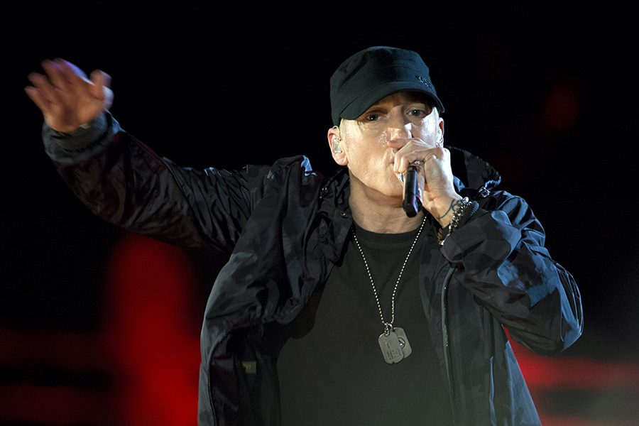Eminem+performs+during+The+Concert+for+Valor+in+Washington%2C+D.C.+Nov.+11%2C+2014.+DoD+News+photo+by+EJ+Hersom